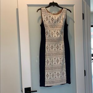 Anne Klein Dresses - Like new Anne Klein navy and cream dress